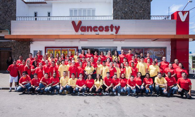 Vancosty comemora 25 anos sendo referência em qualidade e atendimento